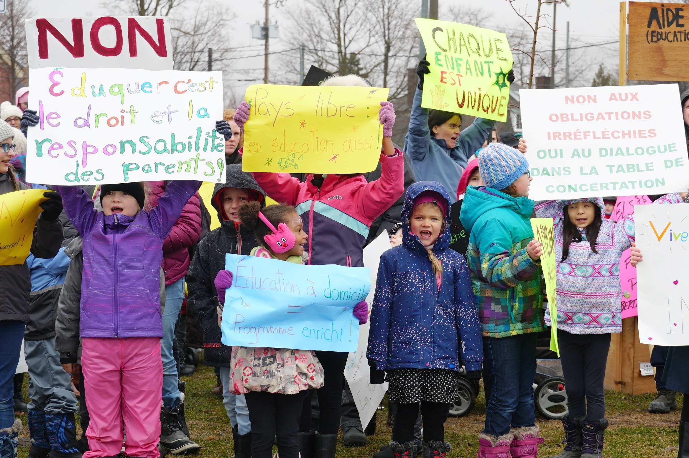 école-maison au Québec copyright excordeschola.ca