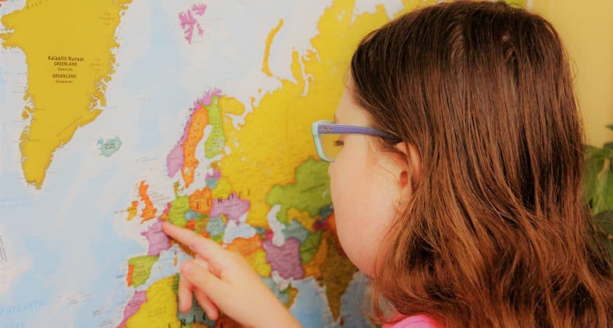 Géographie Lecture à voix haute copyright Ex Corde Schola copyright Ex Corde Schola